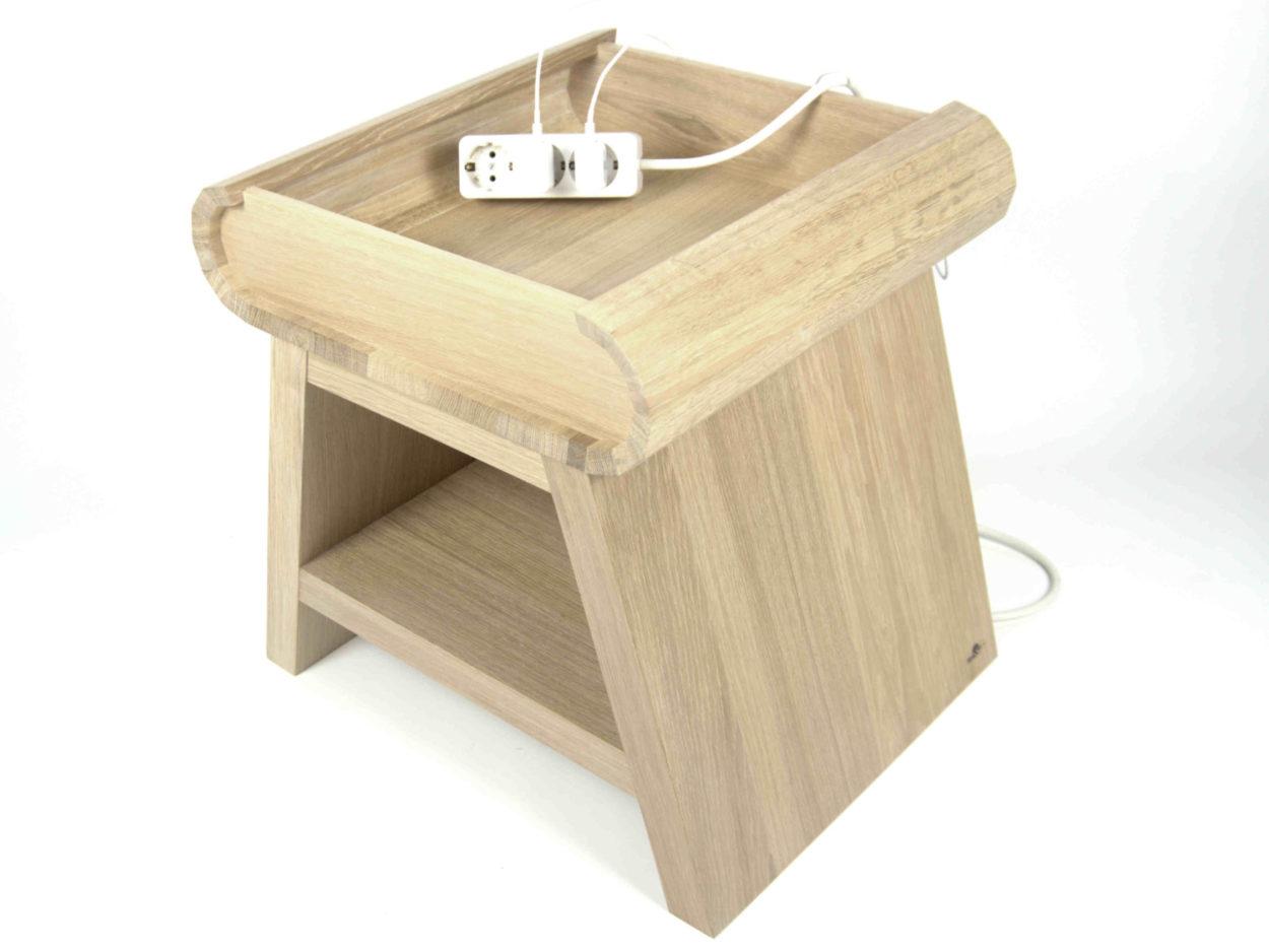 Casper nachtkastje met telefoonstandaard