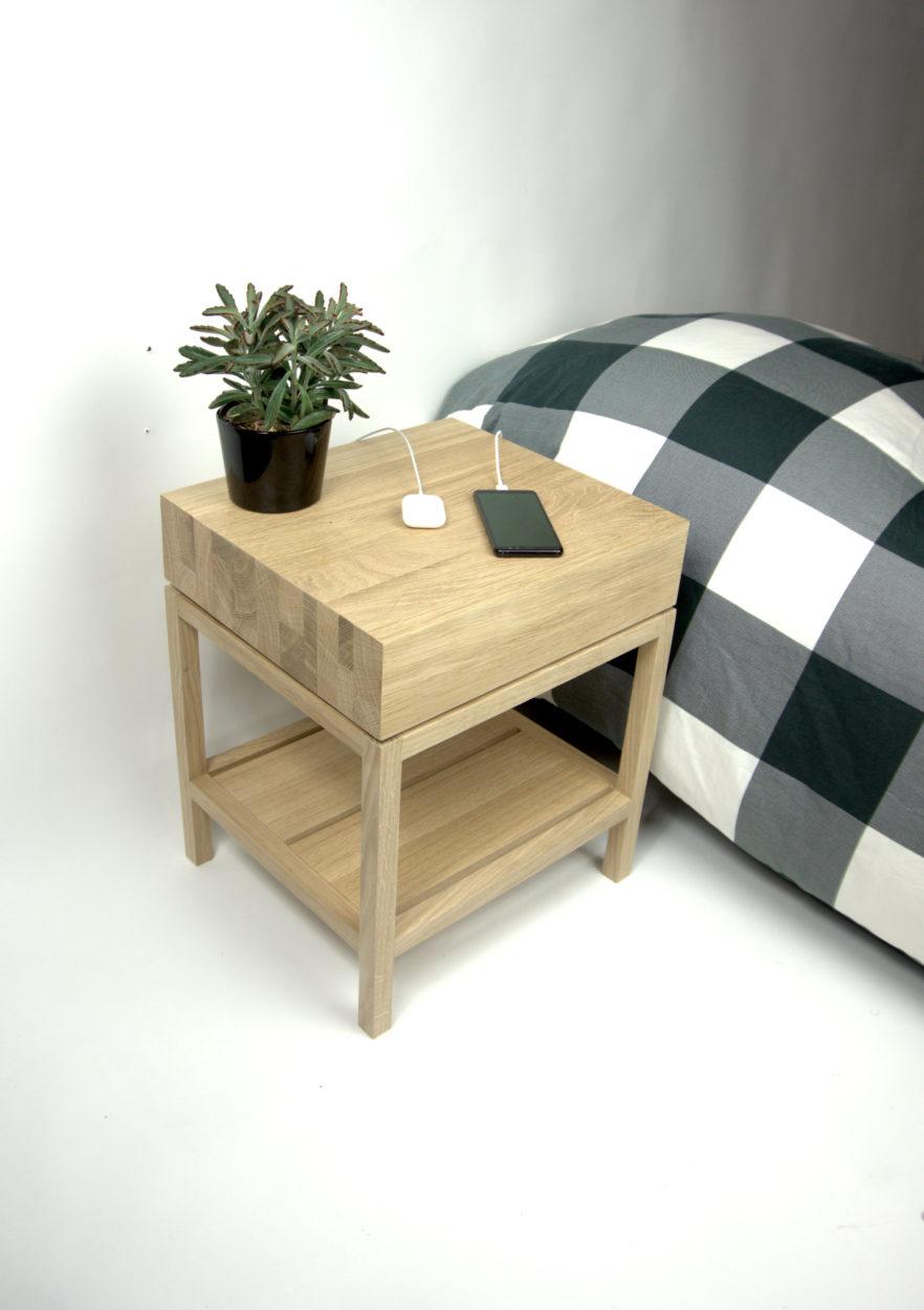 Side table solid wood naturel oak from RHOOTZ.nl