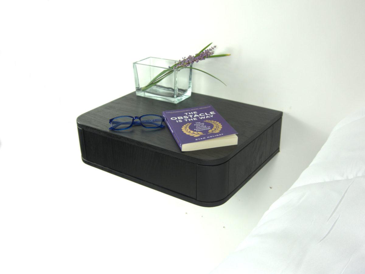 Zwevend nachtkastje zwart eiken model Lana